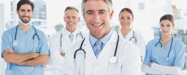 Studie: Halbgötter in Weiß – das war einmal: 60 Prozent der Bundesbürger sehen sich auf Augenhöhe mit Ärzten